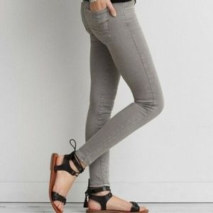 American Eagle Skinny Jeans 00 Distressed Jeggings
